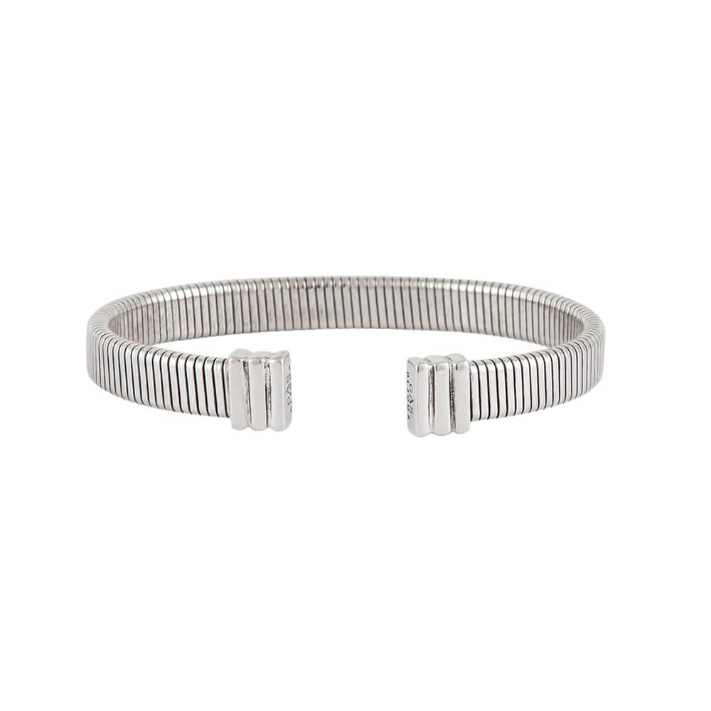 Pulsera flexible, con estructura elástica adaptable. Metal bañado en plata.