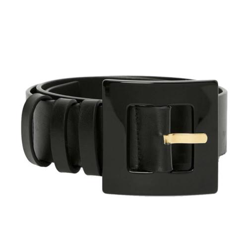 Cinturón 100% piel en color negro con hebilla de concha.