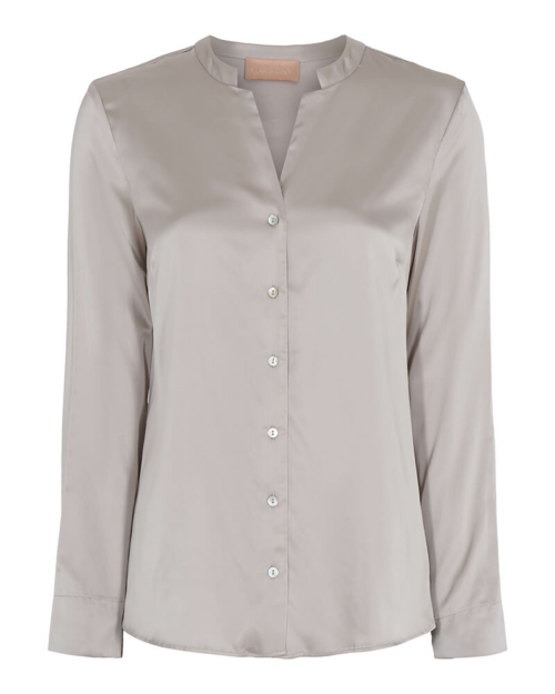 Camisa de cupro con cuello mao, en color gris. Composición: 96% viscosa, 4% elastano