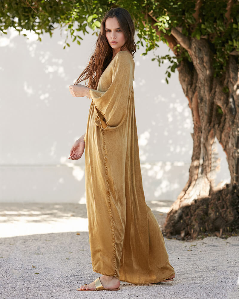 mes-vestido-dorado