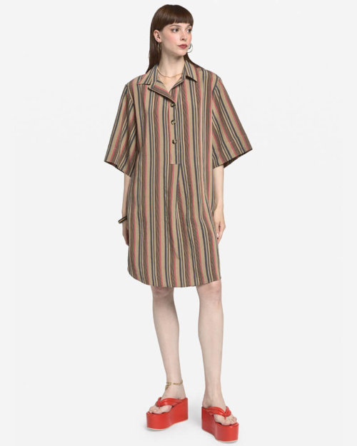 vestido de rayas corto